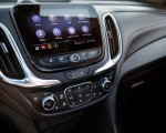 2021 Chevrolet Equinox Premier Central Console Wallpapers 150x120 (14)