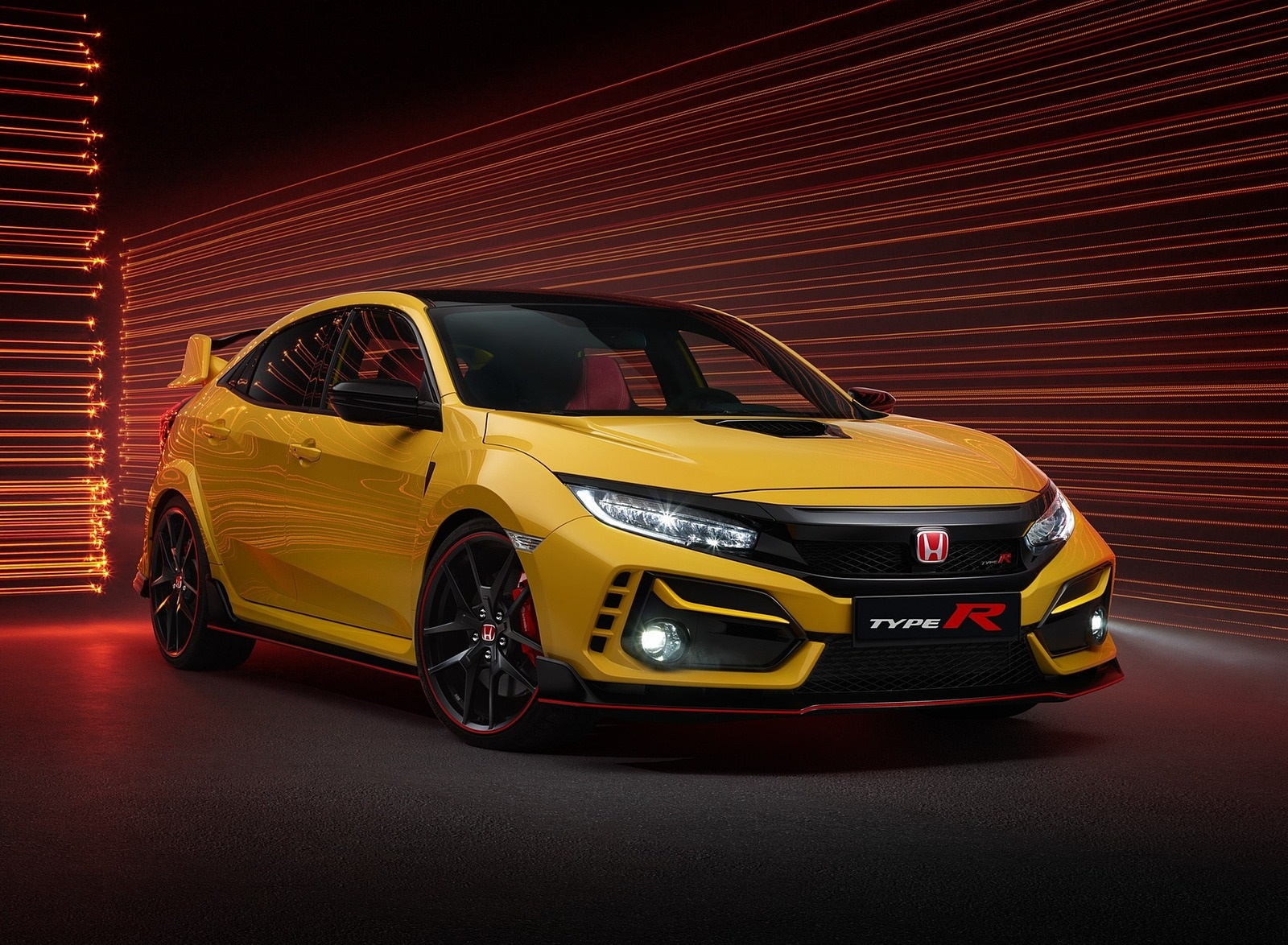 2021 Honda Civic Type R Limited Edition Front Three-Quarter Wallpapers (1)