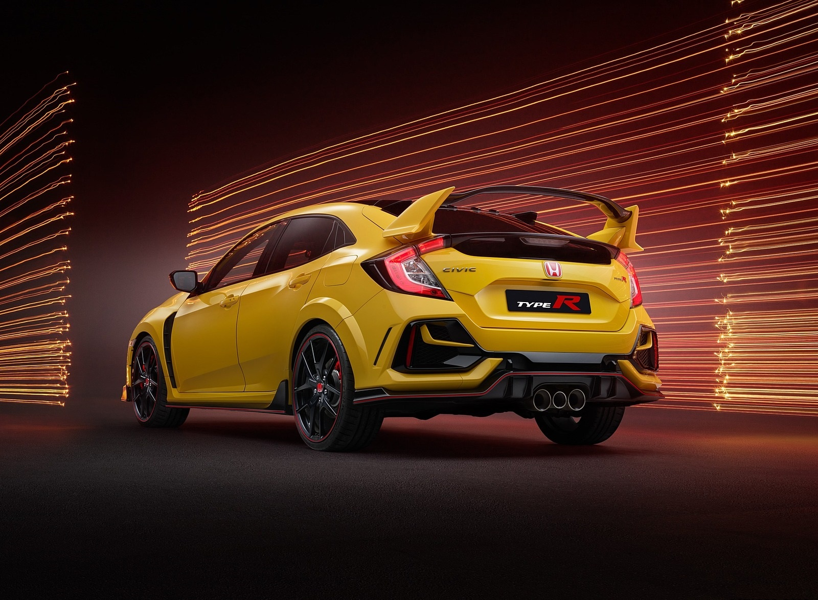 2021 Honda Civic Type R Limited Edition Rear Three-Quarter Wallpapers (4)