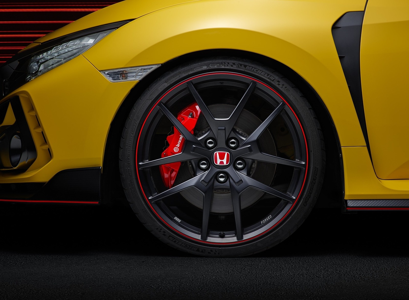2021 Honda Civic Type R Limited Edition Wheel Wallpapers (7)