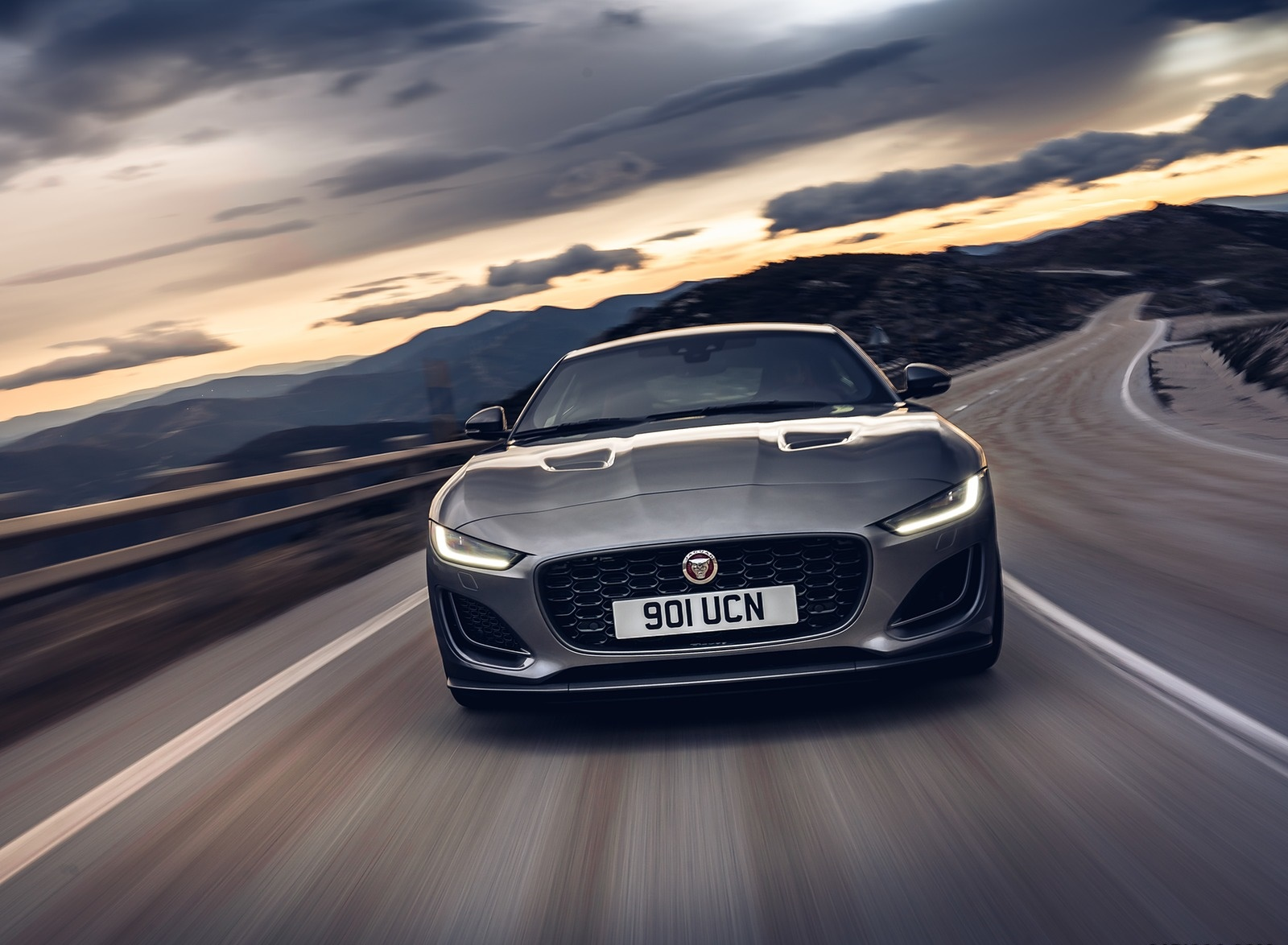 2021 Jaguar F-TYPE P300 Coupe RWD (Color: Eiger Grey) Front Wallpapers (6)