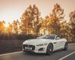 2021 Jaguar F-TYPE R-Dynamic P450 Convertible RWD (Color: Fuji White) Front Three-Quarter Wallpapers 150x120 (3)