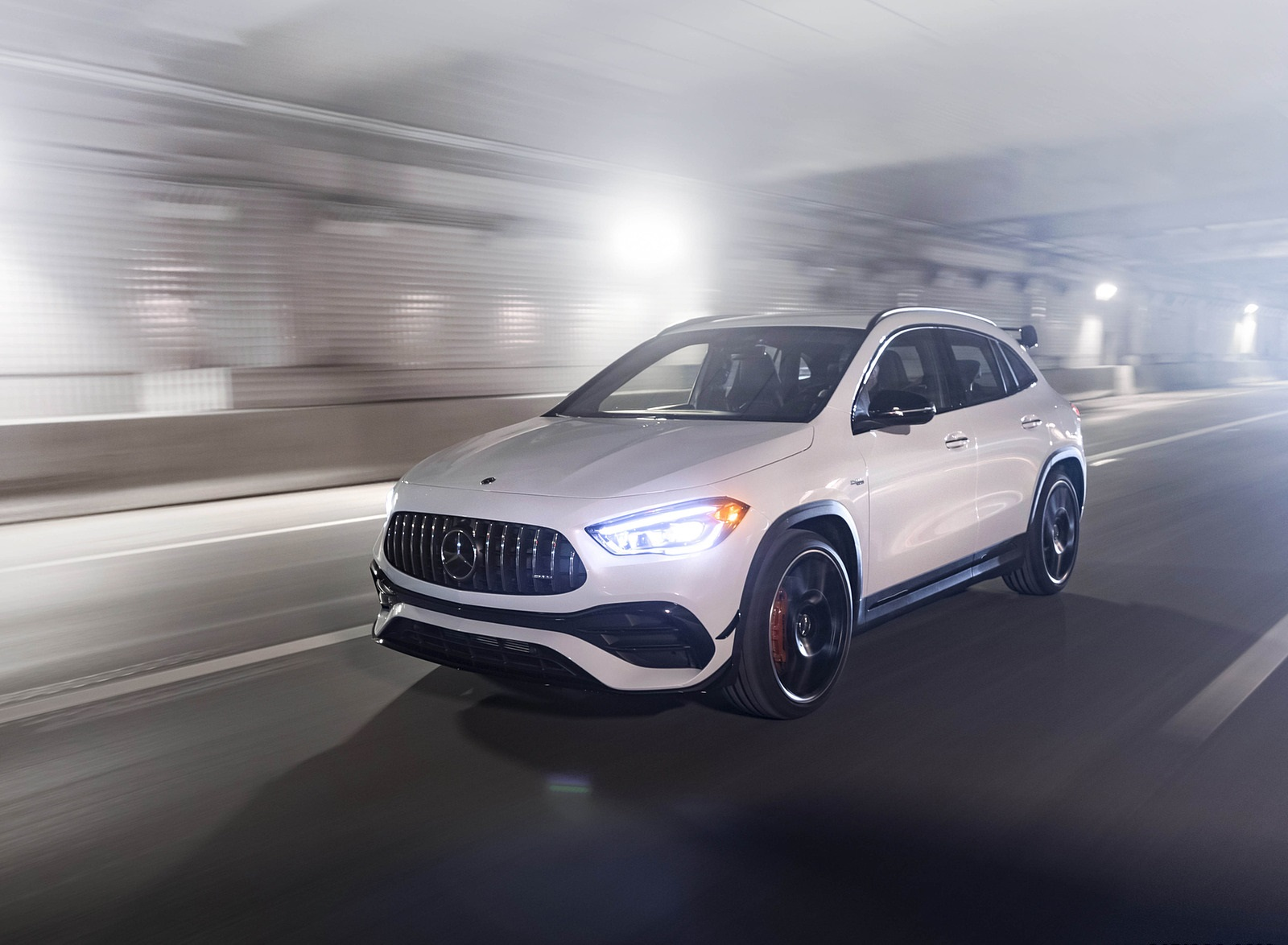 2021 Mercedes-AMG GLA 45 Front Three-Quarter Wallpapers (4)