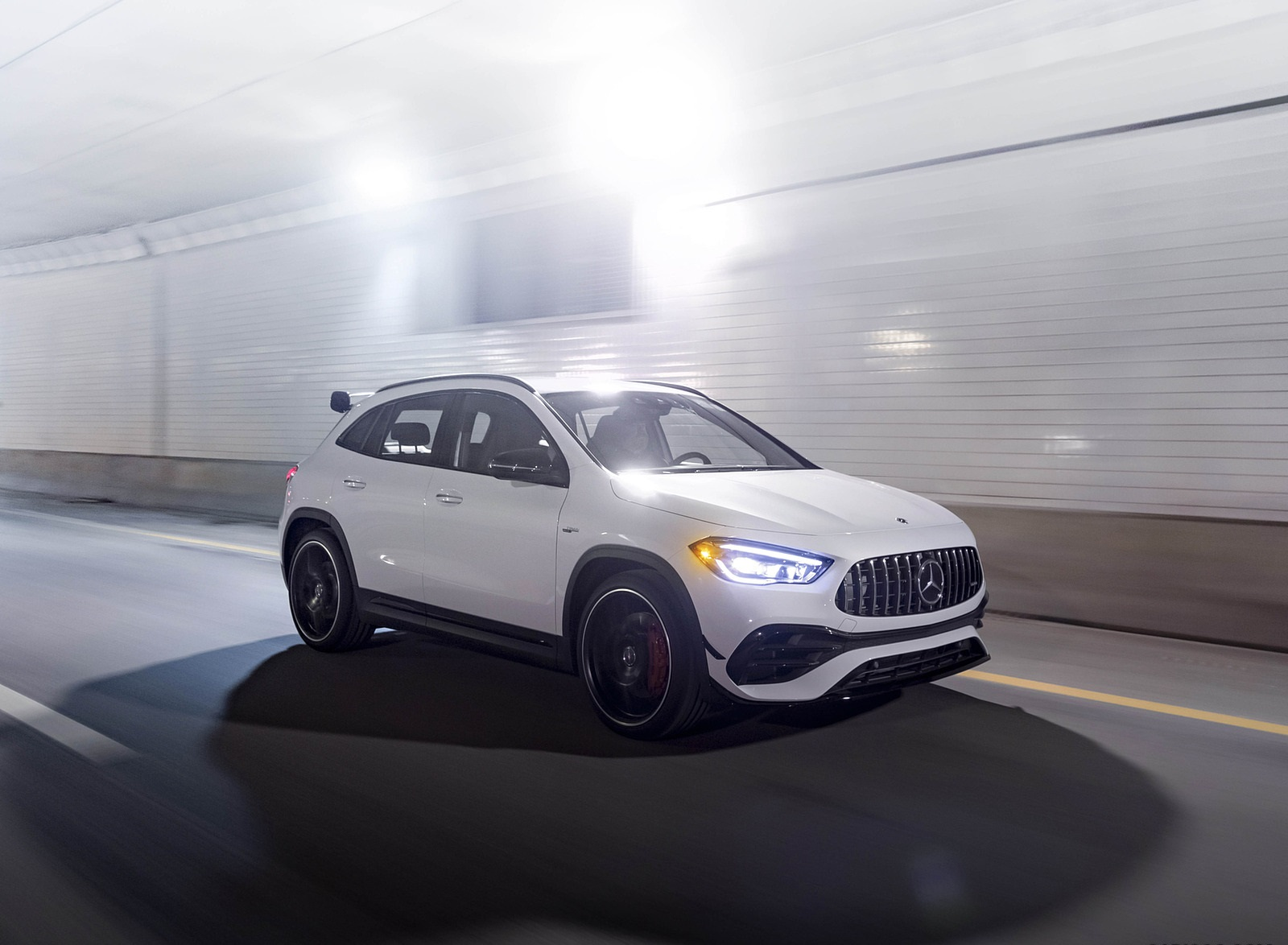 2021 Mercedes-AMG GLA 45 Front Three-Quarter Wallpapers  (5)