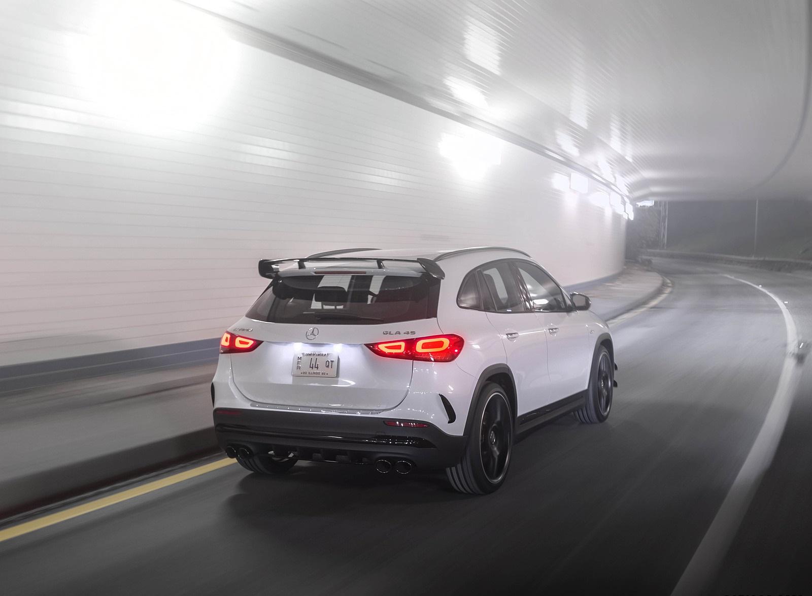 2021 Mercedes-AMG GLA 45 Rear Three-Quarter Wallpapers  (10)