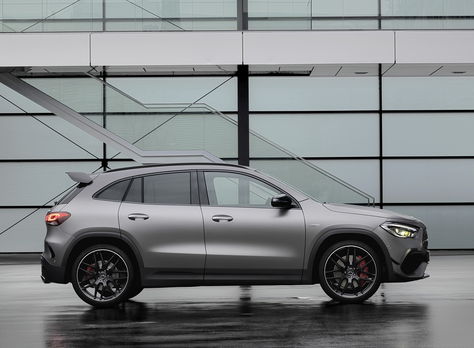 2021 Mercedes-AMG GLA 45 S 4MATIC+ (Color: Magno Grey) Side Wallpapers (6)