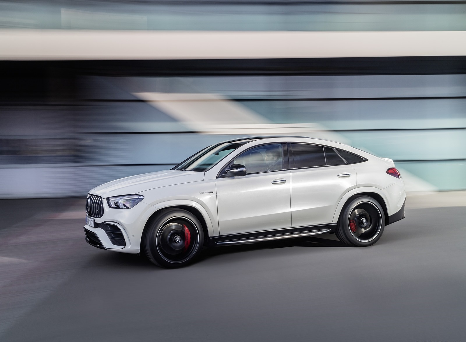 2021 Mercedes-AMG GLE 63 S 4MATIC+ Coupe (Color: Diamond White) Front Three-Quarter Wallpapers (3)