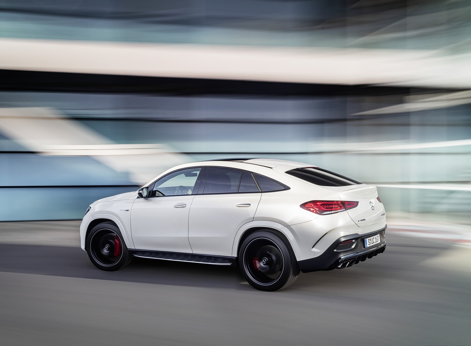 2021 Mercedes-AMG GLE 63 S 4MATIC+ Coupe (Color: Diamond White) Rear Three-Quarter Wallpapers (6)