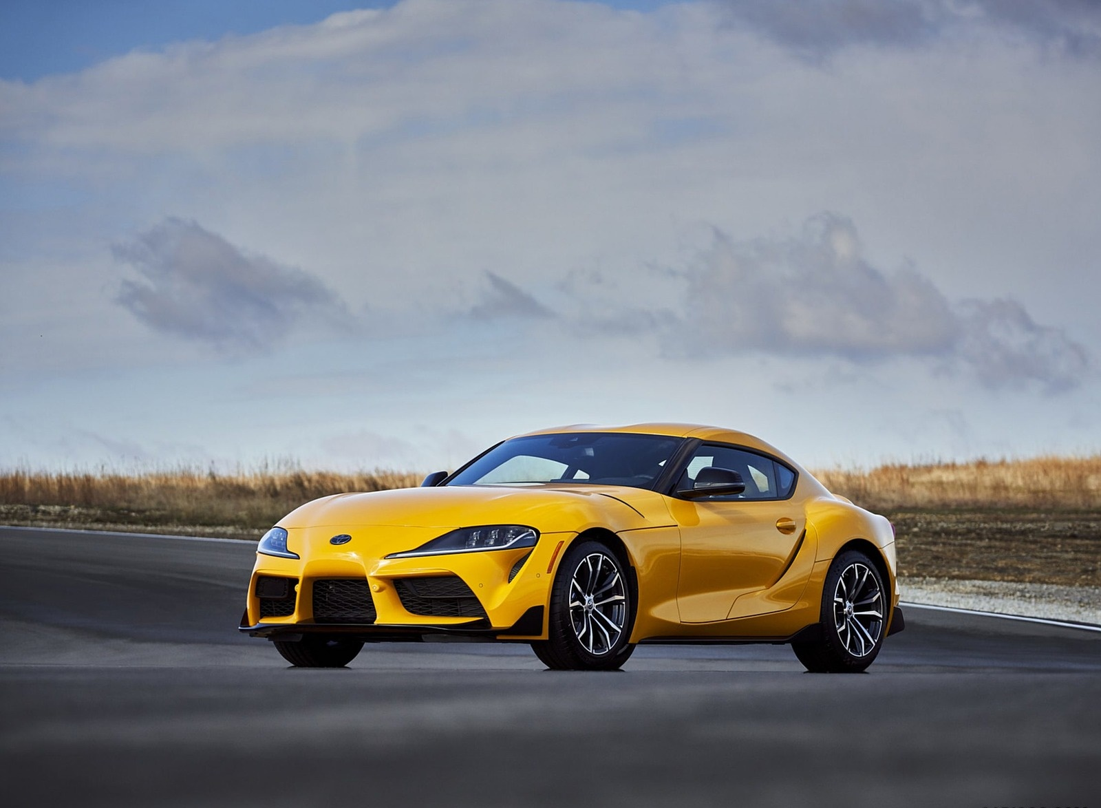 2021 Toyota GR Supra 2.0 Front Three-Quarter Wallpapers (8)