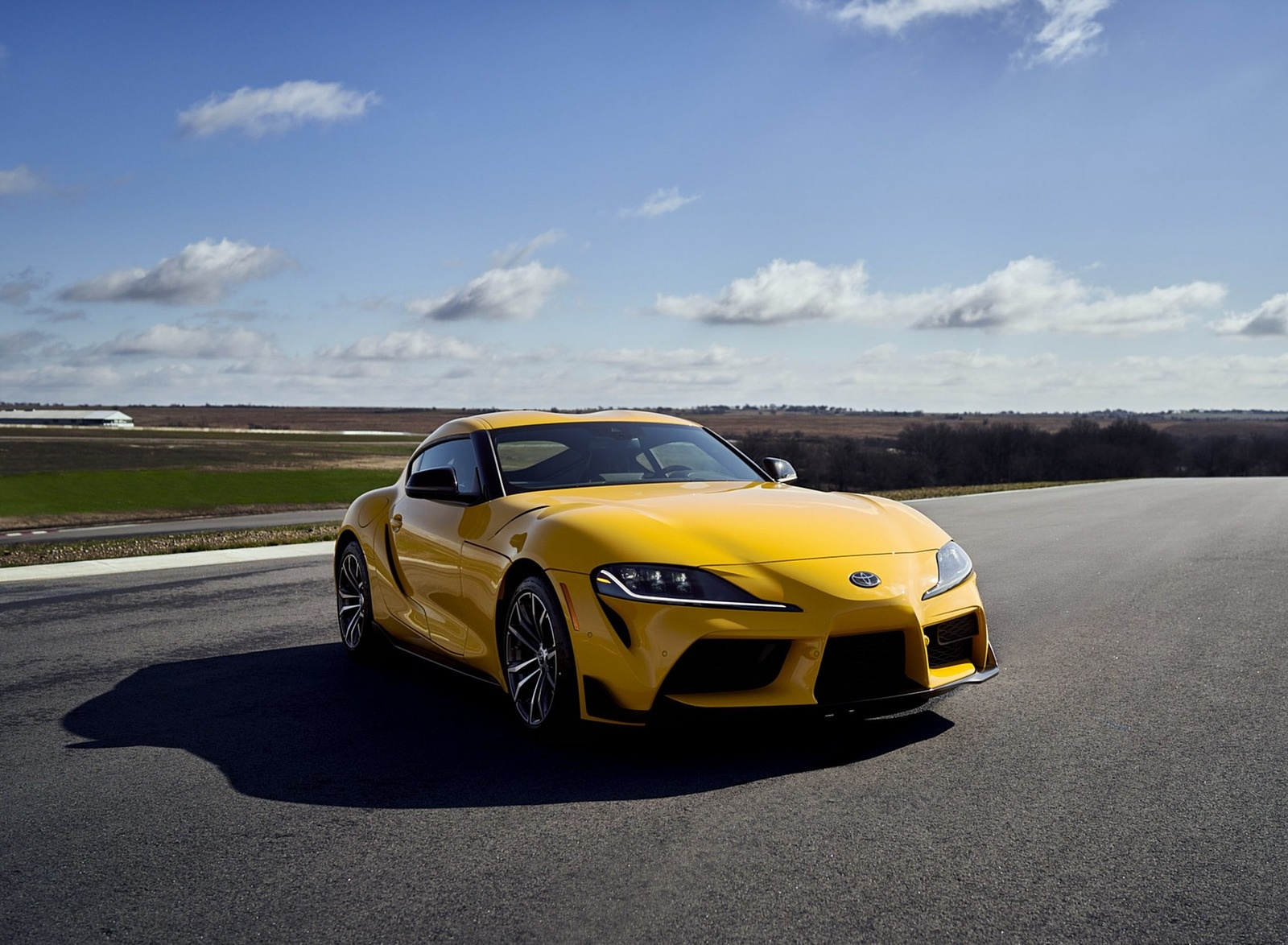 2021 Toyota GR Supra 2.0 Front Three-Quarter Wallpapers (9)