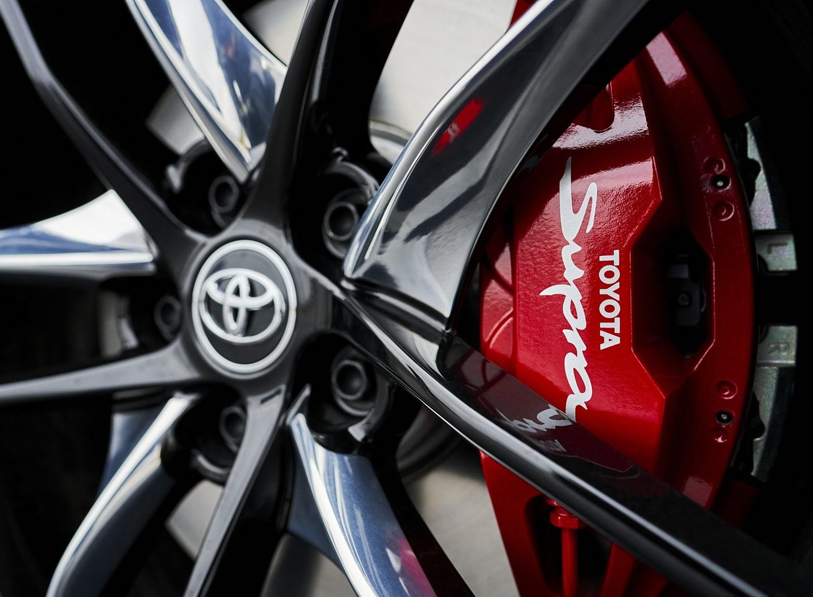 2021 Toyota GR Supra 3.0 Premium Brakes Wallpapers (10)