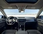 2021 Volkswagen Atlas SEL V6 R-Line Interior Cockpit Wallpapers 150x120 (23)