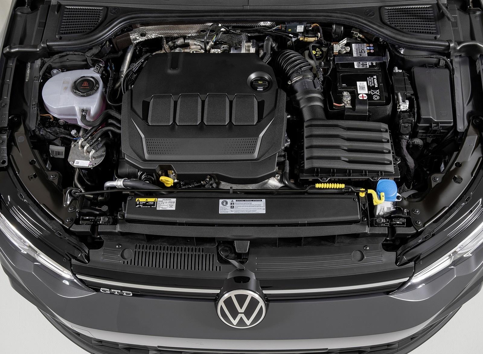 2021 Volkswagen Golf GTD Engine Wallpapers (10)