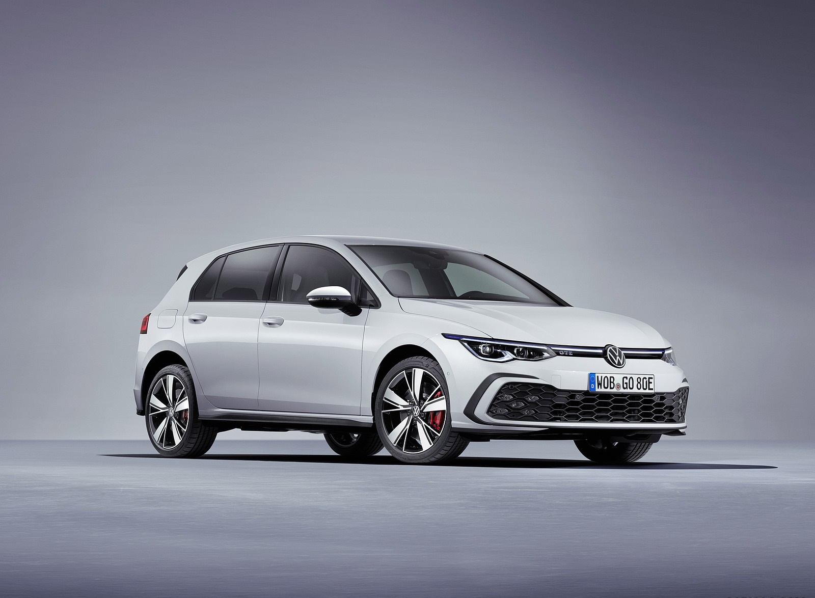 2021 Volkswagen Golf GTE Front Three-Quarter Wallpapers (4)