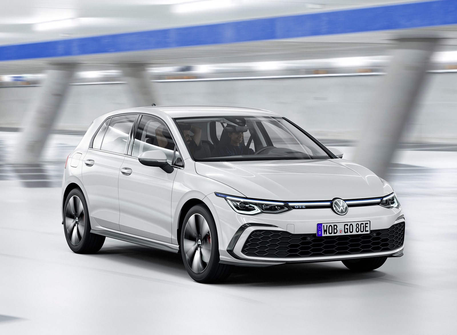 2021 Volkswagen Golf GTE Front Three-Quarter Wallpapers (1)