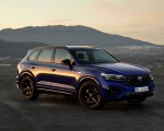 2021 Volkswagen Touareg R Plug-In Hybrid Front Three-Quarter Wallpapers 150x120 (26)