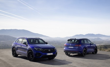 2021 Volkswagen Touareg R Plug-In Hybrid Front Wallpapers 450x275 (56)