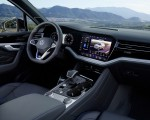 2021 Volkswagen Touareg R Plug-In Hybrid Interior Wallpapers 150x120 (47)