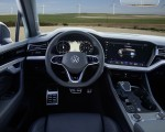 2021 Volkswagen Touareg R Plug-In Hybrid Interior Wallpapers 150x120 (49)