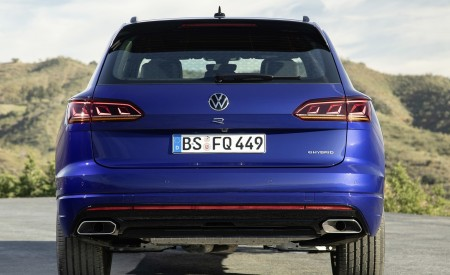 2021 Volkswagen Touareg R Plug-In Hybrid Rear Wallpapers 450x275 (22)