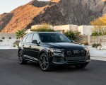 2020 Audi Q7 (US-Spec) Front Three-Quarter Wallpapers 150x120 (41)