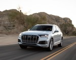 2020 Audi Q7 (US-Spec) Front Three-Quarter Wallpapers 150x120 (2)