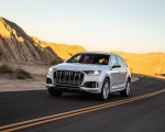 2020 Audi Q7 (US-Spec) Front Three-Quarter Wallpapers 150x120 (4)