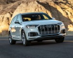 2020 Audi Q7 (US-Spec) Front Three-Quarter Wallpapers 150x120 (5)