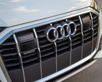 2020 Audi Q7 (US-Spec) Grill Wallpapers 150x120 (26)