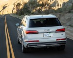 2020 Audi Q7 (US-Spec) Rear Wallpapers 150x120 (11)