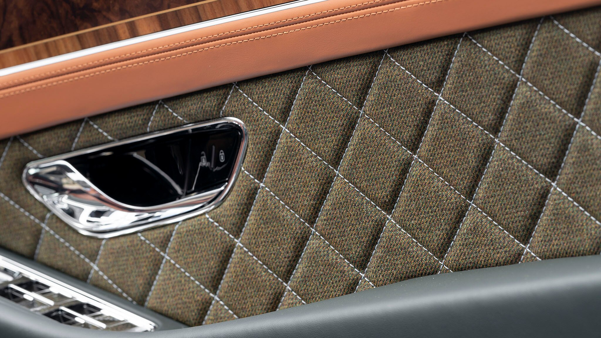 2020 Bentley Continental GT Convertible Equestrian Edition Interior Detail Wallpapers (6)