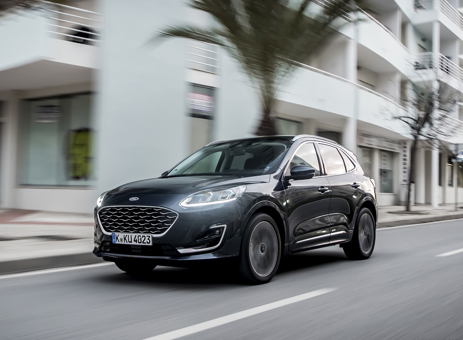 2020 Ford Kuga Hybrid Vignale Front Three-Quarter Wallpapers (2)
