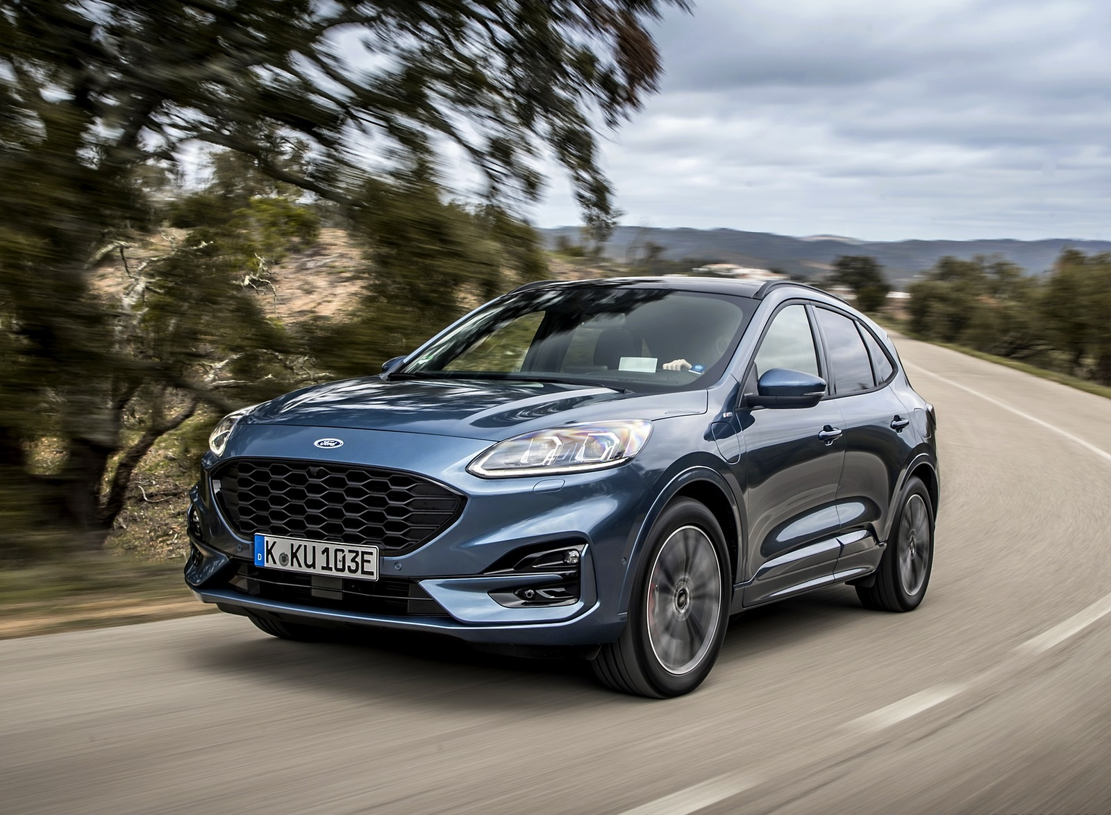 2020 Ford Kuga Plug-In Hybrid ST-Line Front Three-Quarter Wallpapers (1)