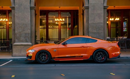 2020 Ford Mustang Shelby Super Snake Bold Edition Front Three-Quarter Wallpapers 450x275 (4)
