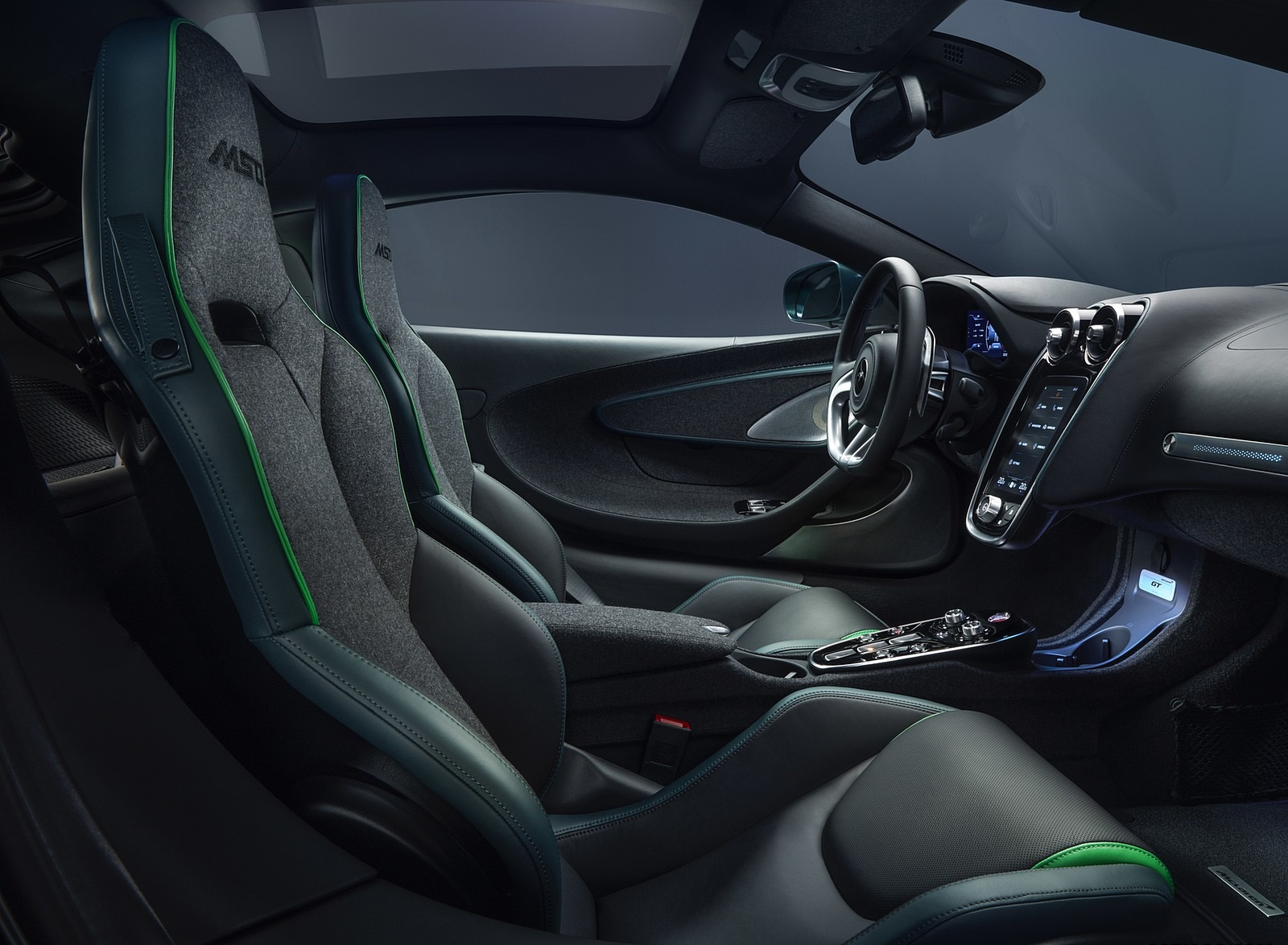 2020 McLaren GT Verdant Theme by MSO Interior Wallpapers (10)