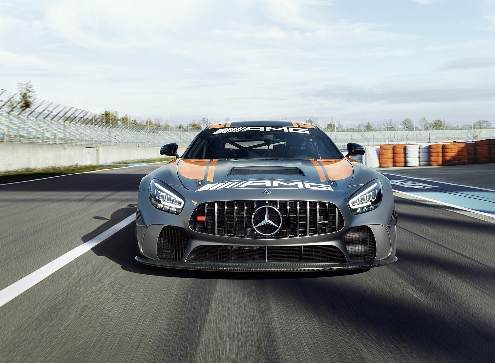 2020 Mercedes-AMG GT4 Front Wallpapers (3)