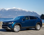 2020 Volkswagen Atlas Cross Sport SE with Technology (Color: Tourmaline Blue) Front Three-Quarter Wallpapers 150x120 (9)