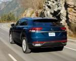 2020 Volkswagen Atlas Cross Sport SE with Technology (Color: Tourmaline Blue) Rear Three-Quarter Wallpapers 150x120 (6)