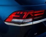 2020 Volkswagen Atlas Cross Sport SE with Technology (Color: Tourmaline Blue) Tail Light Wallpapers 150x120 (16)