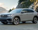 2020 Volkswagen Atlas Cross Sport SEL Premium R Line (Color: Pure Gray) Front Three-Quarter Wallpapers 150x120 (17)