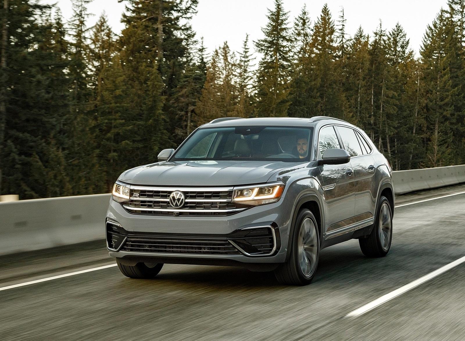 2020 Volkswagen Atlas Cross Sport SEL Premium R Line (Color: Pure Gray) Front Three-Quarter Wallpapers (3)