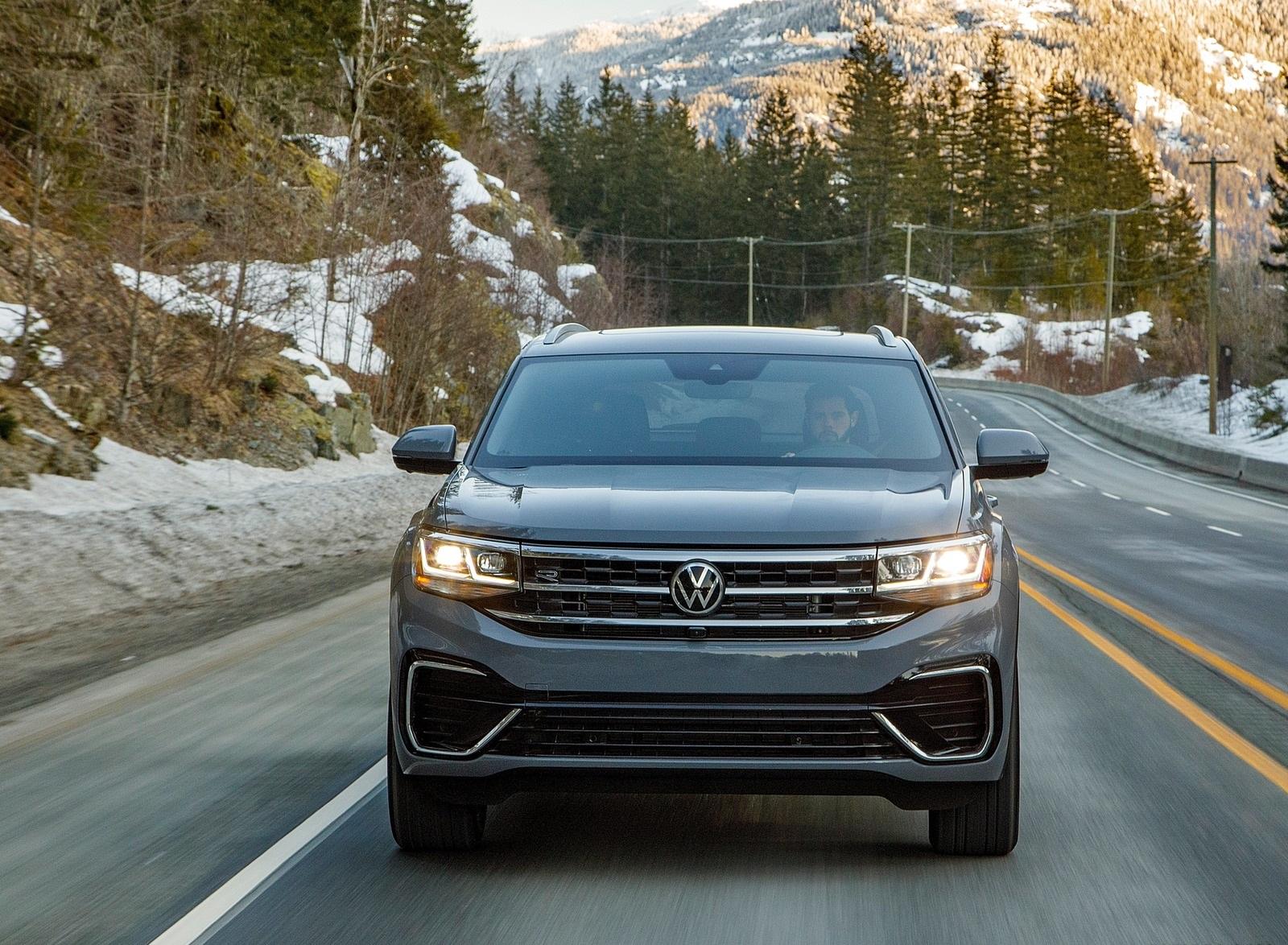 2020 Volkswagen Atlas Cross Sport SEL Premium R Line (Color: Pure Gray) Front Wallpapers (2)