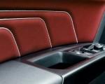 2020 Volkswagen Atlas Cross Sport SEL Premium R Line (Color: Pure Gray) Interior Detail Wallpapers 150x120 (40)
