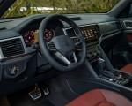 2020 Volkswagen Atlas Cross Sport SEL Premium R Line (Color: Pure Gray) Interior Wallpapers 150x120 (36)