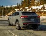 2020 Volkswagen Atlas Cross Sport SEL Premium R Line (Color: Pure Gray) Rear Three-Quarter Wallpapers 150x120 (14)