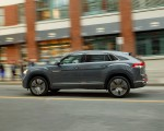 2020 Volkswagen Atlas Cross Sport SEL Premium R Line (Color: Pure Gray) Side Wallpapers 150x120 (15)