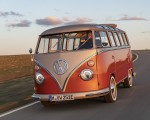 2020 Volkswagen e-BULLI Concept Front Wallpapers 150x120 (2)