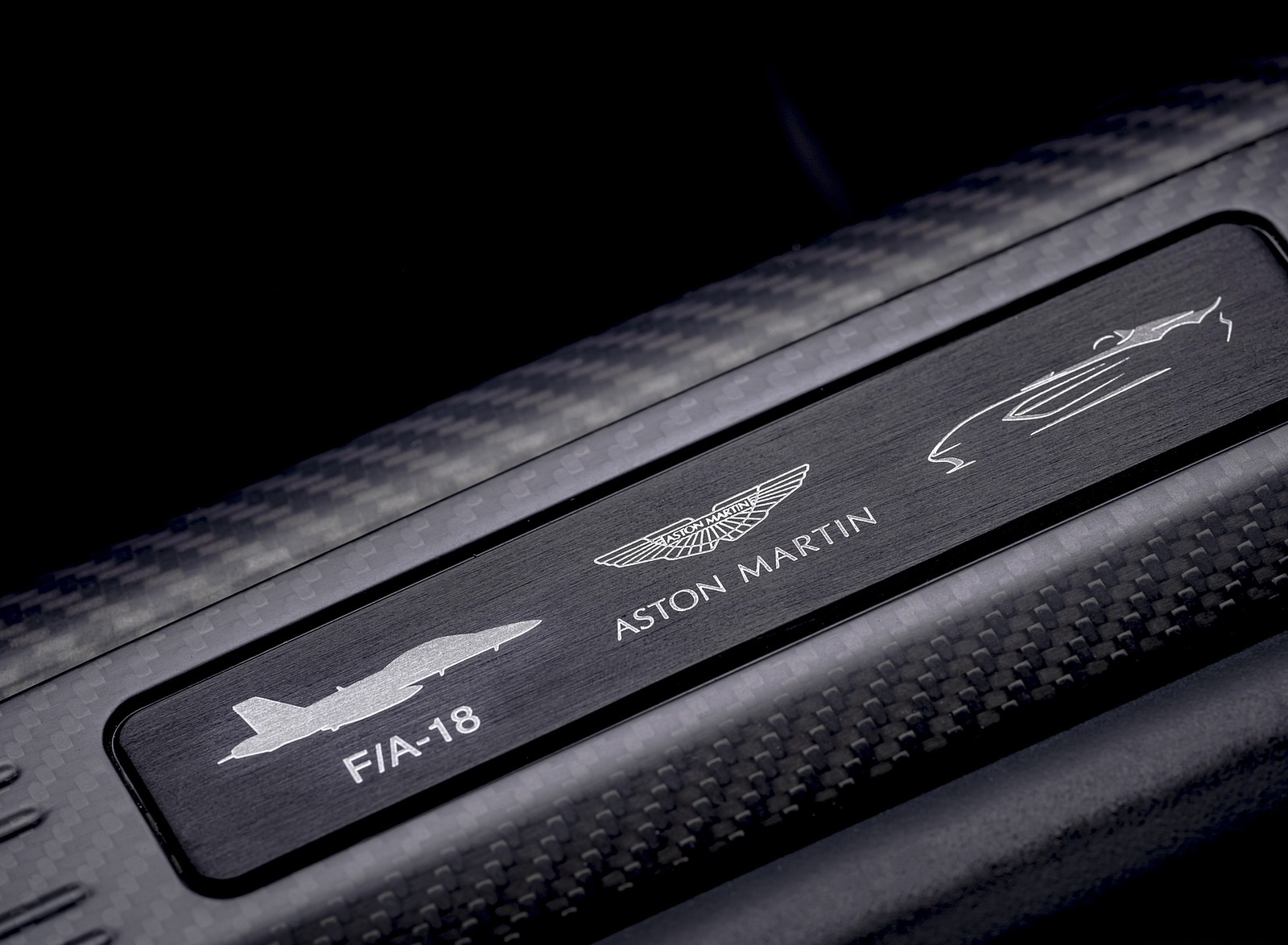 2021 Aston Martin V12 Speedster Door Sill Wallpapers (9)