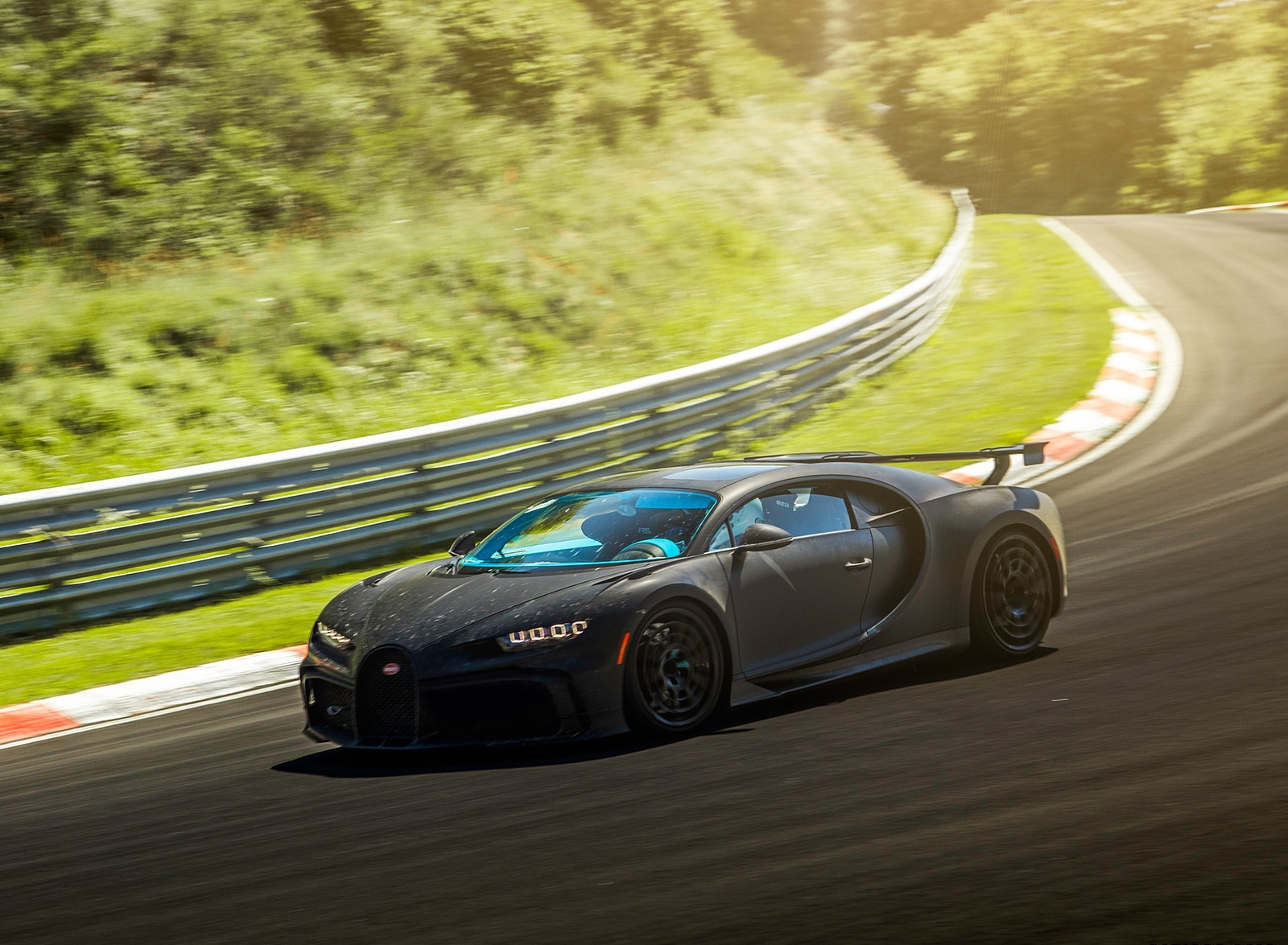 2021 Bugatti Chiron Pur Sport Front Three-Quarter Wallpapers (4)