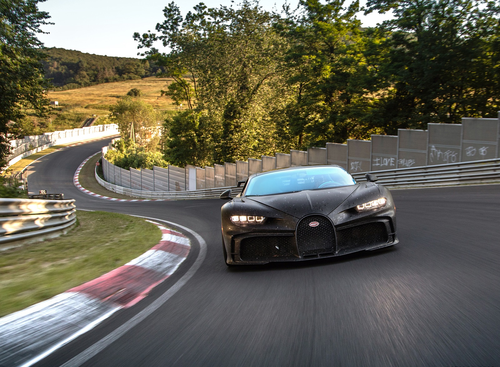 2021 Bugatti Chiron Pur Sport Front Wallpapers (5)